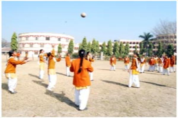 Throw Ball Competition- Inter House throw ball Competition for Girls [Classes VIII-XII] was held on 12th Oct, 2012 in M.V.M, Maharishi Nagar. 1st Position was bagged by Naryan House and Vyas House achieved 2nd Position.
